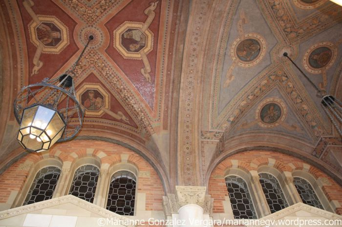Royce Hall contrasting color ceiling. UCLA