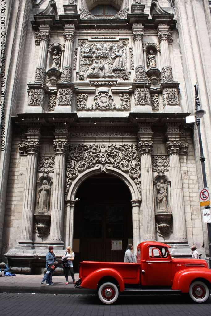 Templo de la Profesa. Mexico City Downtown